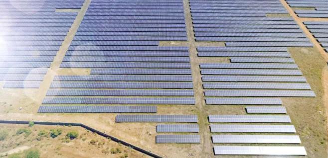 阿特斯成功签署澳大利亚300兆瓦太阳能光伏电站运维服务协议