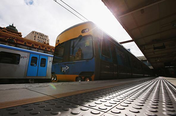 年客流量2.3亿人次 墨尔本火车网络压力巨大