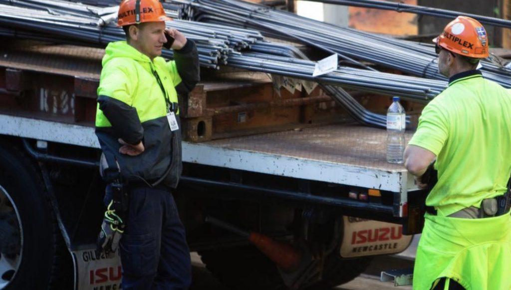 澳洲12月份就业数据出现小幅改善 或减轻央行降息压力
