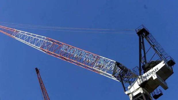 大批新项目取消或延期,建筑业迎来短期裁员潮