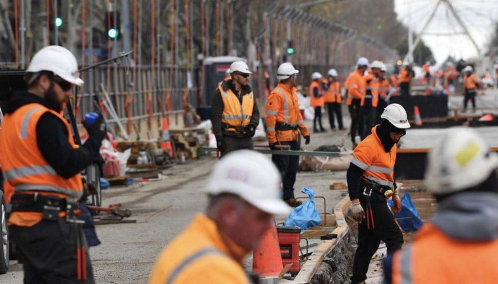 澳洲劳动力市场有所改善,有工作人数小幅上升