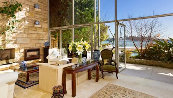 玫瑰湾成为富商新宠,外汇交易商豪掷千万购房