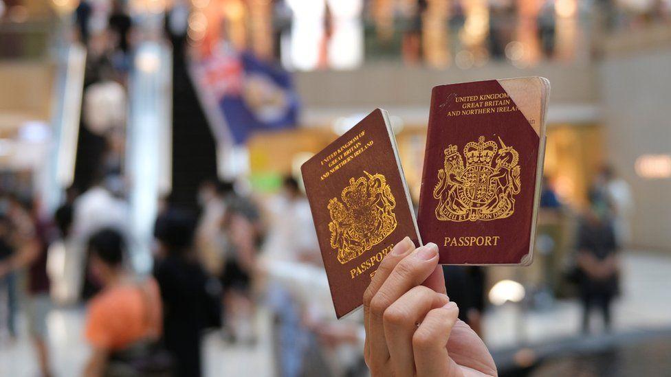 """因《国安法》""""背井离乡""""?英国移民特赦形同虚设"""