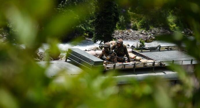 【快讯】中印边境继续升温,解放军进入二级战备状态!