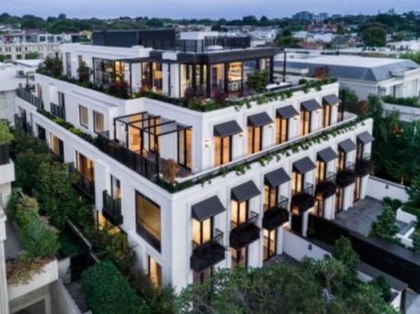 旅外澳洲侨民人未返钱先到!数百万的豪宅看都不看就买了!