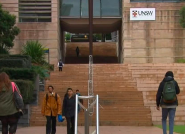 澳洲高校文科学费暴涨一倍!结果报考人数不减反增!