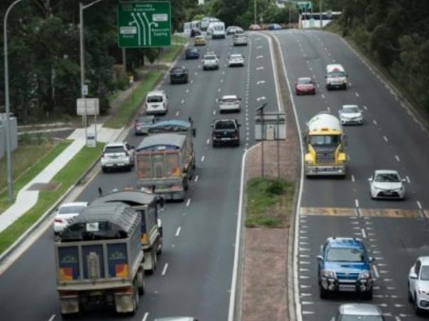 悉尼上万辆卡车躲避罚款 政府损失高达0万