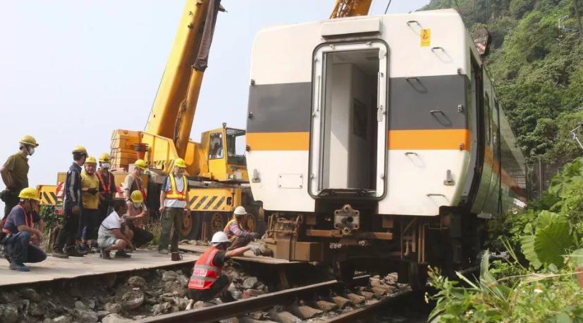 两名澳洲人在台湾火车事故中受伤
