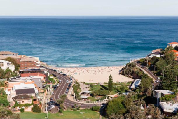 昔日悉尼东区海边最丑公寓摇身一变成靓宅!