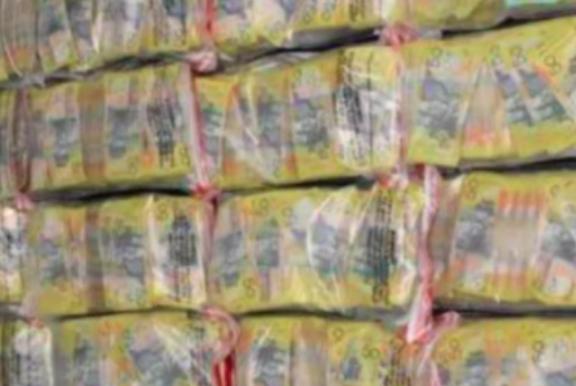 墨尔本两华人男子替中国犯罪集团偷运0万赃款 法院判完还不够!再多关两年!