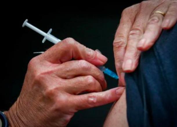 全民接种疫苗也不开国境?贝姬莲向联邦卫生部长开炮