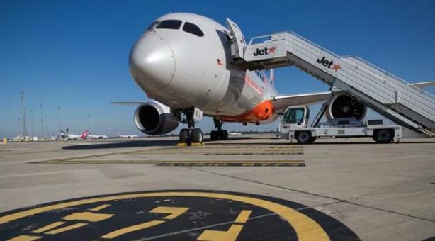 捷星(Jetstar)增雇人手,扩充国内线