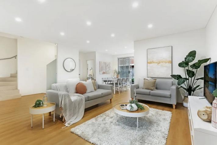 悉尼华人区Campsie联排别墅拍出3.7万,中介直呼万万没想到,预计售价仅 为万,超出预期万