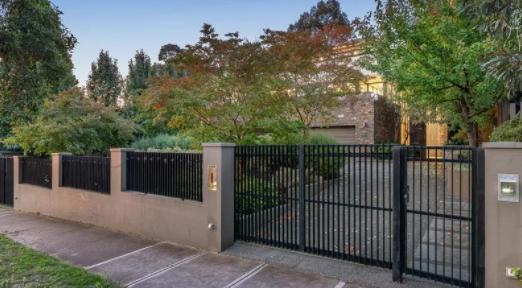 归国华人买下澳洲豪宅4年未住,如今高价转售