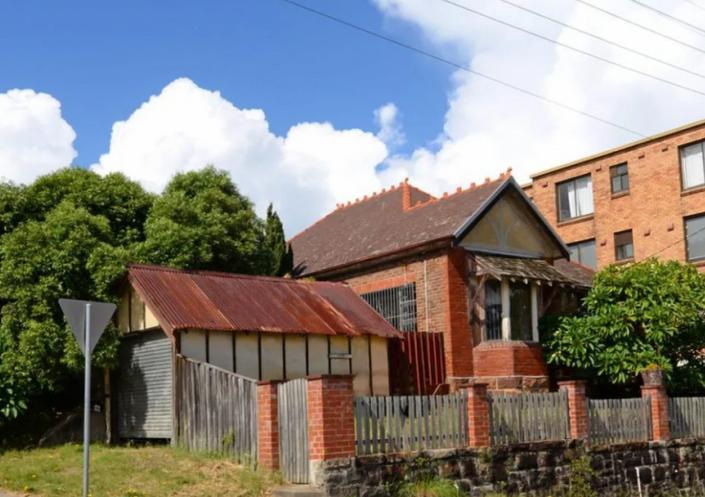 """悉尼掀起房屋""""重建潮""""!华人0万买房推倒重建,0万房产也将被拆"""