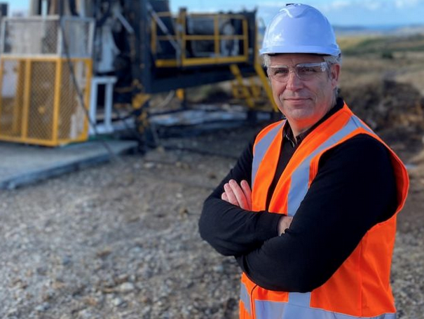 铁矿石涨价横财澳洲赚不到!因为现在连挖矿的人都不够!
