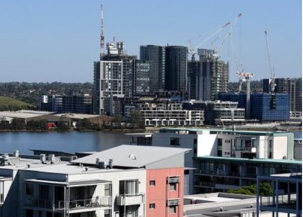 澳洲欲重启移民计划,刺激经济拯救公寓市场!近7成民众反对