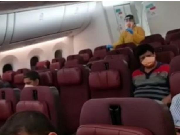 """没氧气,没医疗保障!被政府""""扔下""""飞机的印度裔澳人傻眼了"""