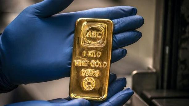 跷跷板:比特币大跌、黄金走高