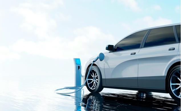 电动汽车: Biden制定了2030年的目标,BMW的销量翻了三倍,塔斯马尼亚州给予支持——但Jeremy Clarkson给予警告
