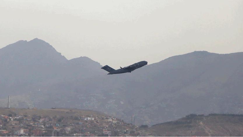 最后一批美军离开喀布尔,结束了在阿富汗20年的军事行动