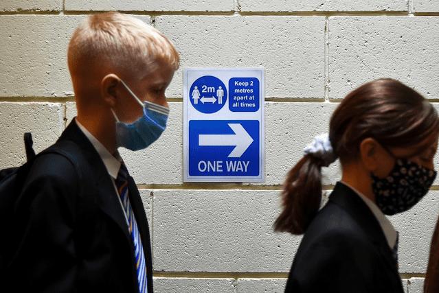 """澳洲计划""""与病毒共存""""引发华人担忧,各州政府反应不一"""