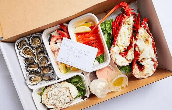"""""""封城""""期间,悉尼富人爱上豪华外卖,5""""龙虾宴""""供不应求"""