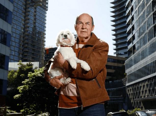 花0万买了一套公寓 悉尼老夫妇后悔了:光线景观可能全被挡住了!
