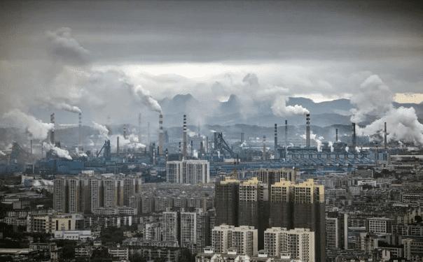 中国钢铁减产,铁矿石价格跌到10个月最低