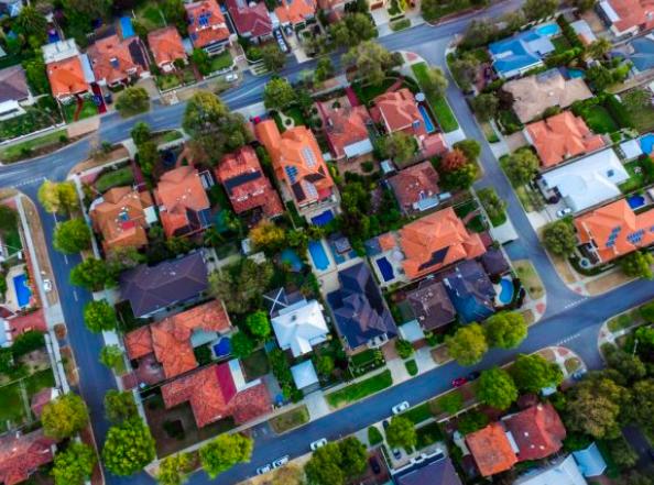 悉尼房价比当地工资高23倍!墨市不吃不喝18年才能买房!