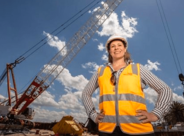全澳80亿基础设施宣告建不了!只因又缺人才又缺物资